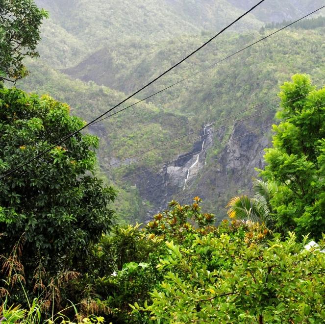 Cilaos Waterfall